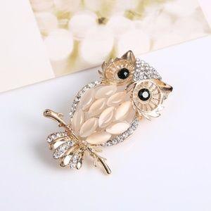 Adorable owl bird blush pin gold tone pin brooch